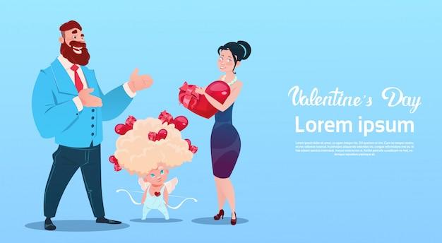 Valentine day gift card-ferienliebhaber-paar-liebes-amor-herz-form
