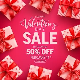 Valentinstag sale 50% rabatt auf banner mit niedlichen geschenkbox auf rosa