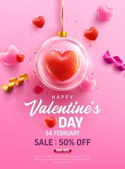 Valentinstag-verkaufsplakat oder -banner mit süßem herzen in glaskugel und reizenden gegenständen auf rosa.