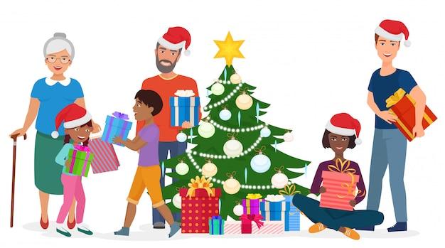 Vector die illustration der gemischtrassigen familie stehend und mit geschenkboxen am weihnachtsbaum sitzend.