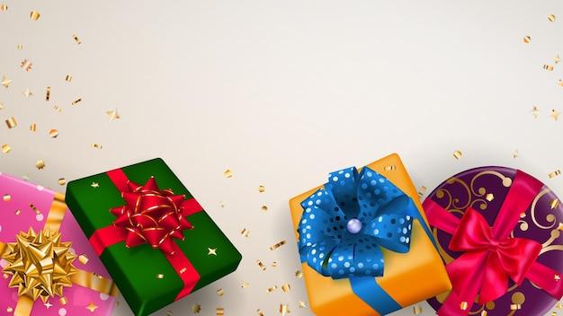 Vector illustration von bunten geschenkboxen mit bändern, schleifen und schatten und kleinen glänzenden serpentinstücken auf weißem hintergrund