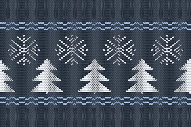 Vector nahtloses nordisches strickendes muster in den blauen, weißen farben mit schneeflocken und weihnachtsbäumen. weihnachts- und winterurlaub sweater design mit gummiband. uni- und rippenstricken.