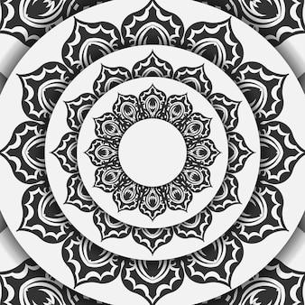 Vektor bereit, weißes postkartendesign mit schwarzen mandalamustern zu drucken. einladungsvorlage mit platz für ihren text und ihre verzierung.