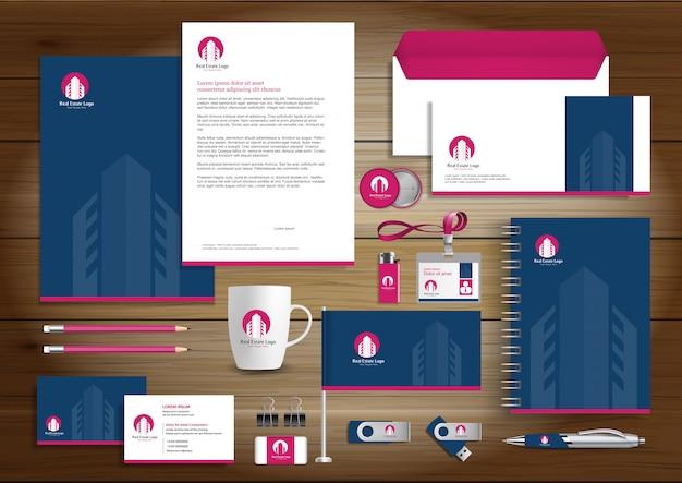 Vektor-briefpapier der real estate-unternehmensidentität