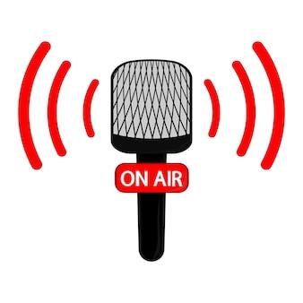 Vektor-mikrofon-flaches symbol. online-nachrichten, radiosendungen. auf sendung. vektor