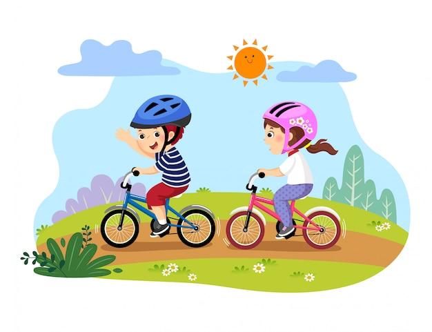 Vektorillustration der glücklichen kinder, die fahrräder im park reiten.