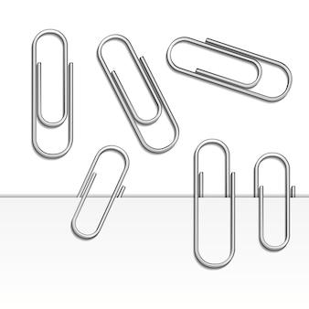 Vektorillustration des büroklammerensatzes isoliert und mit schatten auf papier