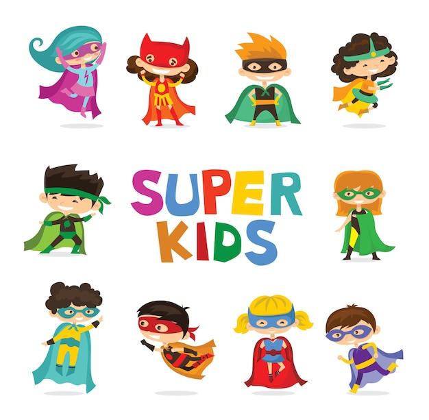 Vektorillustrationen im flachen design der superhelden der jungen- und mädchenkinder im lustigen comic-kostüm