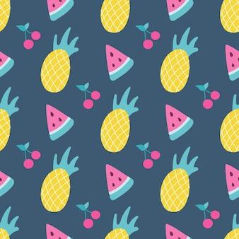 Vektornahtloses muster von ananaswassermelone und kirsche auf dunkelblauem hintergrund im flachen stil
