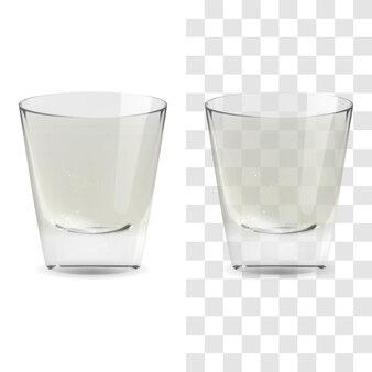 Vektorrealistisches transparentes und isoliertes whisky-schnapsglas. alkohol trinken glas symbol abbildung