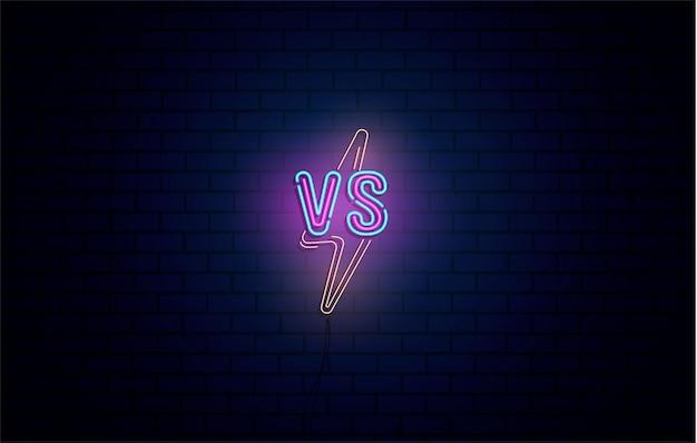 Versus-leuchtreklamen satz des versus-logos, symbol im neonstil. vorlage, nachtwerbung. kampf gegen match, spielkonzept wettbewerbsfähig gegen