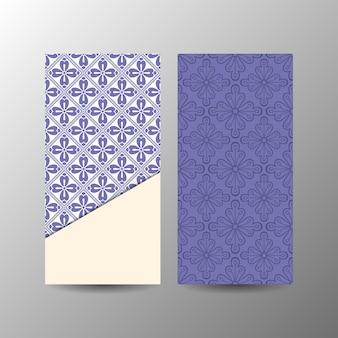 Vertikale blaue blumenfahnenschablone