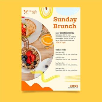 Vertikale flyer-vorlage für sonntagsbrunch