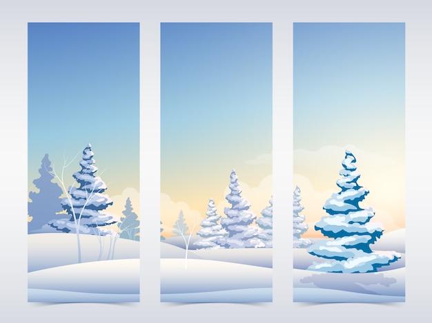 Vertikale weihnachtsfahnen mit schneebedeckten tannenbäumen und himmel der feenhaften winterlandschaft