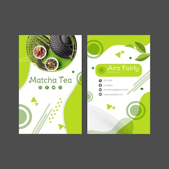 Vertikales doppelseitiges visitenkartenschablonendesign des matcha-tees