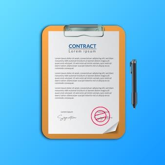 Vertragsdokumentenpapier mit unterschrift und stempel in der zwischenablage zur genehmigung der dokumentation der geschäftsvereinbarung