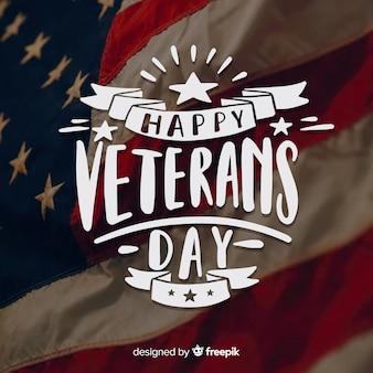Veterans day schriftzug mit bändern