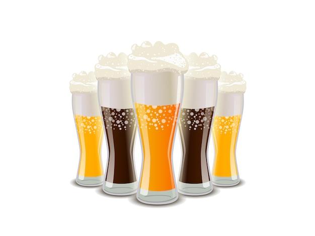 Viele gläser helles und dunkles bier