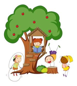 Viele kinder machen verschiedene aktivitäten mit einem großen baum isoliert