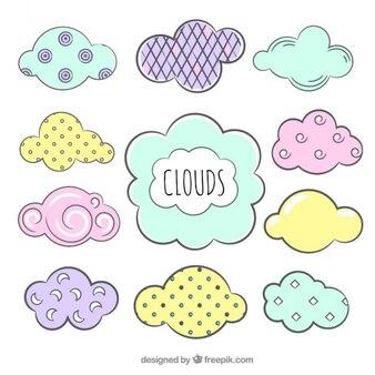 Vielzahl von pastell dekorative wolken gefärbt