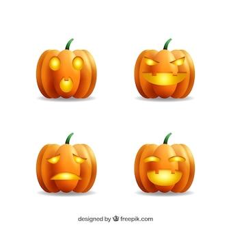 Vier halloween jackolanterns im realistischen stil