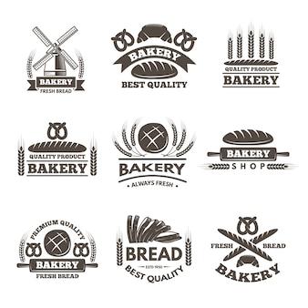 Vintage bäckerei etiketten gesetzt. logo-vorlage mit stil. bäckerei label shopt, abzeichen und emblem brot markt illustration