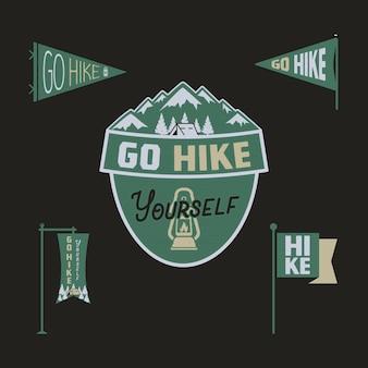 Vintage camp wimpel und logos sammlung, gehen sie wandern aufkleber. hand gezeichnete farbige abzeichen design. reiseexpedition, fernweh-retro-grafiken. wanderlogos. lager .
