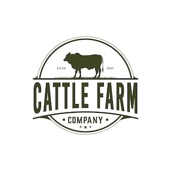 Vintage cattle farm angus emblem label livestock logo design vektor