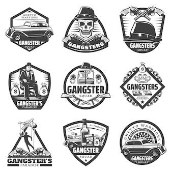 Vintage gangster etiketten mit mafia boss auto waffe geld glücksspiel chips roulette schädel hut whisky isoliert
