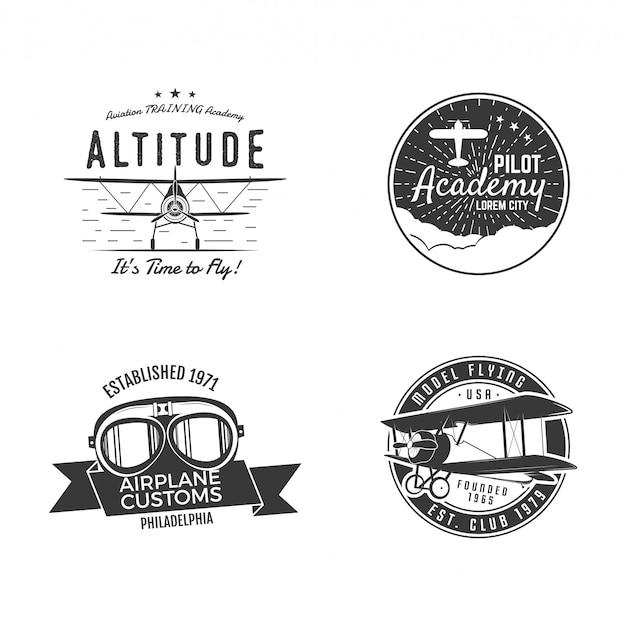 Vintage hand gezeichnete alte fliegenstempel. reise- oder geschäftsflugzeugtour-embleme. flugzeug logo designs. retro luftabzeichen. pilotenschullogos.