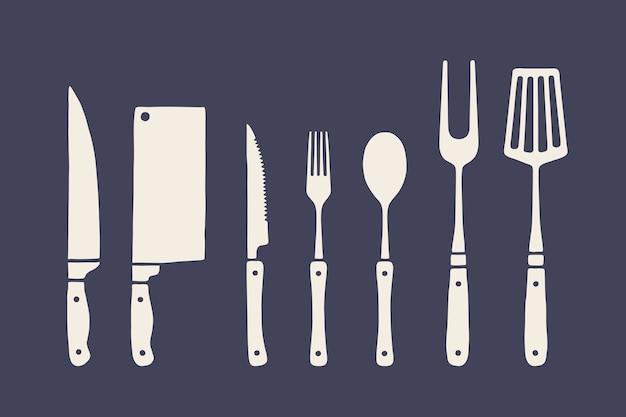 Vintage küchenset. satz fleischschneidemesser, gabel, löffelillustration