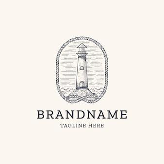 Vintage leuchtturm mit seilgravur-logo