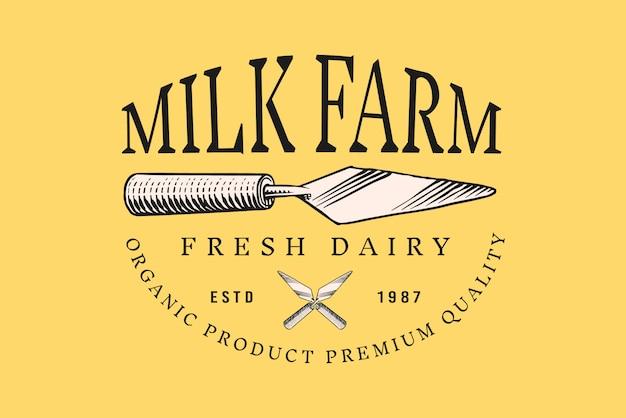 Vintage logo für markt oder lebensmittelgeschäft. küchenspatel für käse.