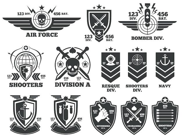 Vintage militär vektor etiketten und patches. emblem und militärabzeichen, abzeichen für die armee und m