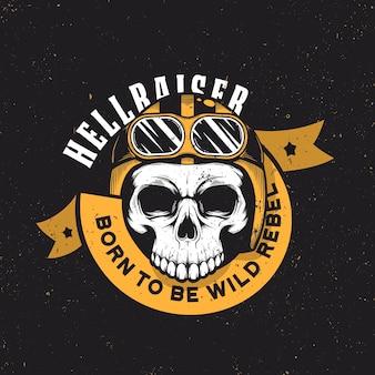 Vintage motorradgrafiken. biker t-shirt. motorrad emblem. monochromer schädel.