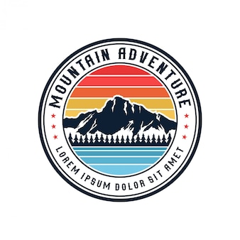 Vintage mountain logo outdor und abenteuer