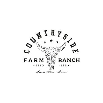 Vintage retro longhorn bull buffalo cow für western countryside farm ranch country logo design