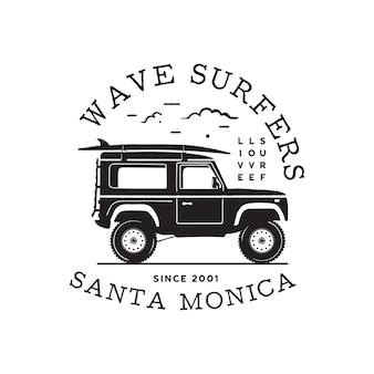 Vintage surf-logo-print-design für t-shirts und andere verwendungen. wave surfers typografie zitieren kalligraphie und van-symbol. ungewöhnliches handgezeichnetes grafik-patch-emblem zum surfen. lager vektor.