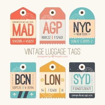 Vintage-tags von städten packen