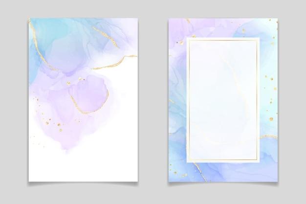 Violetter und türkisfarbener flüssiger aquarellhintergrund mit goldenem glitzer