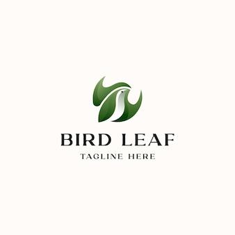 Vogel mit blatt-konzept-logo-vorlage in weißem hintergrund isoliert