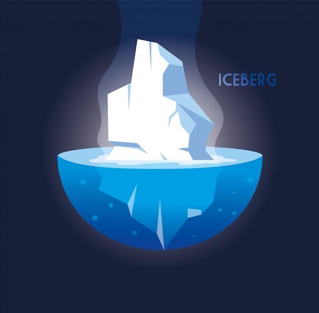 Voller großer eisberg, der herein in das meer schwimmt