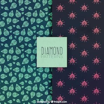 Von hand gezeichnete muster mit dekorativen diamanten
