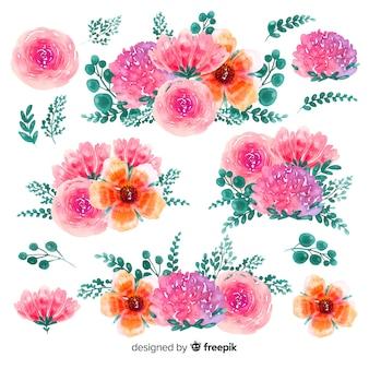 Von hand gezeichneter hintergrund des blütenblumenaquarells