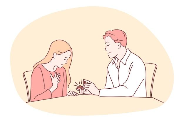 Vorschlag, engagement, paar zusammengehörigkeitskonzept. junge liebende glückliche freundkarikaturfigur, die sitzt und vorschlag mit ring in box zur überraschten freundin macht