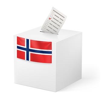 Wahlurne mit stimmpapier. norwegen