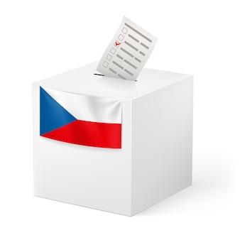Wahlurne mit stimmzettel. tschechische republik.