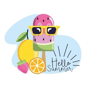 Wassermeloneneislutscher mit Zitrone und Erdbeere