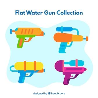 Wasserpistolen-sammlung mit verschiedenen farben