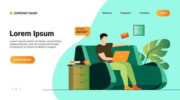 Website-vorlage, landingpage mit illustration des cartoon-mannes, der zu hause mit der isolierten flachen vektorillustration des laptops sitzt